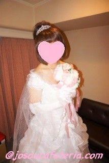 ウエディングドレス女装 彩優美ちゃん