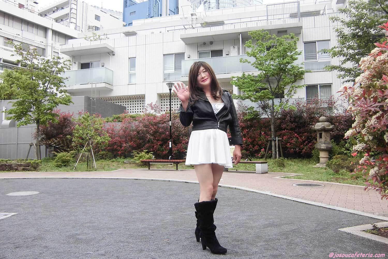 ちょっと近くの公園まで♪カッコ可愛くおしゃれしてプラプラお散歩♡ 涼子ちゃん♪